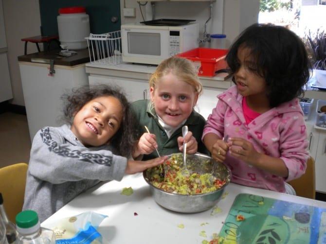 Kids In The Kitchen Community Kitchenscommunity Kitchens